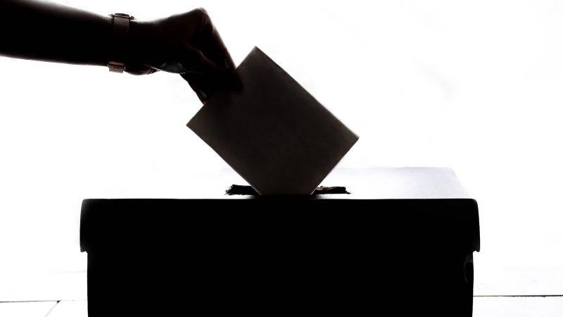 Vaalitiedotus Yhdistystorilla
