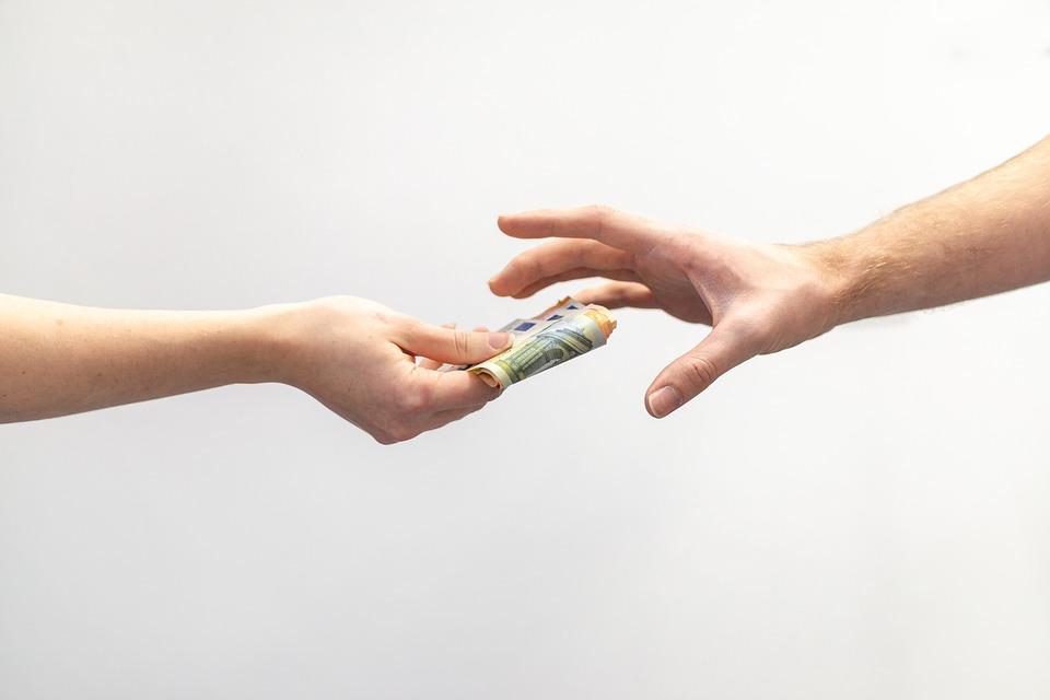 Alkuvuoden rahoitusvinkkejä yhteisöille